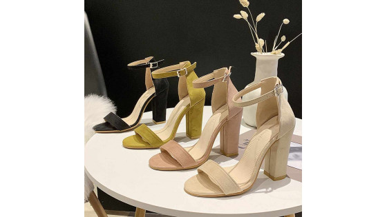 Модная женская обувь лета